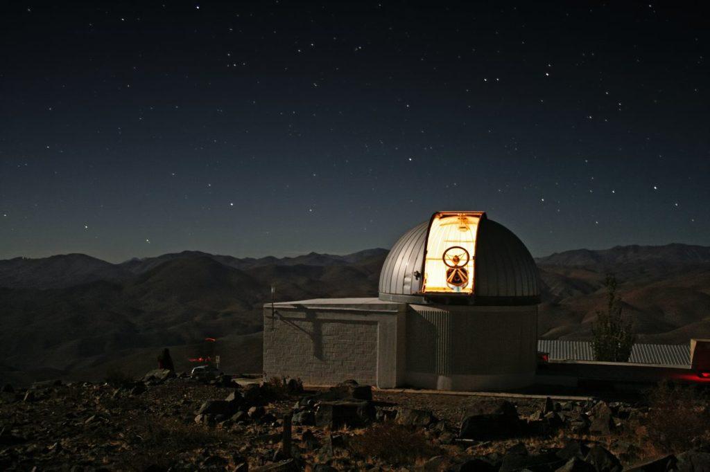 TRAPPIST–south telescoop zoekt naar leefbare planeten