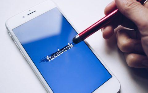 Jongeren vertrekken massaal bij Facebook