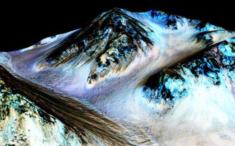 Beddingen op de Hale krater