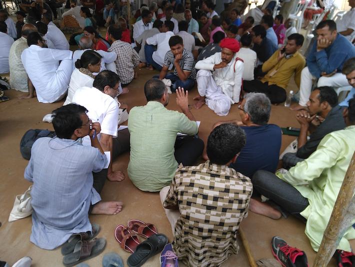 Indiase wevers en activisten discussiëren over de toekomst van hun vak