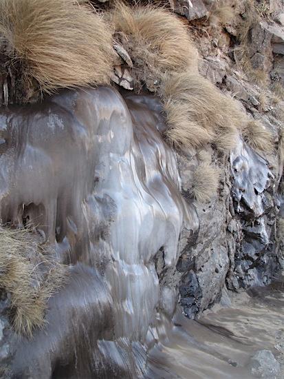 Opgraving bevroren waterval
