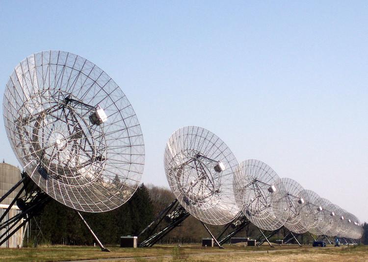 De Westerbork Synthese Radio Telescoop